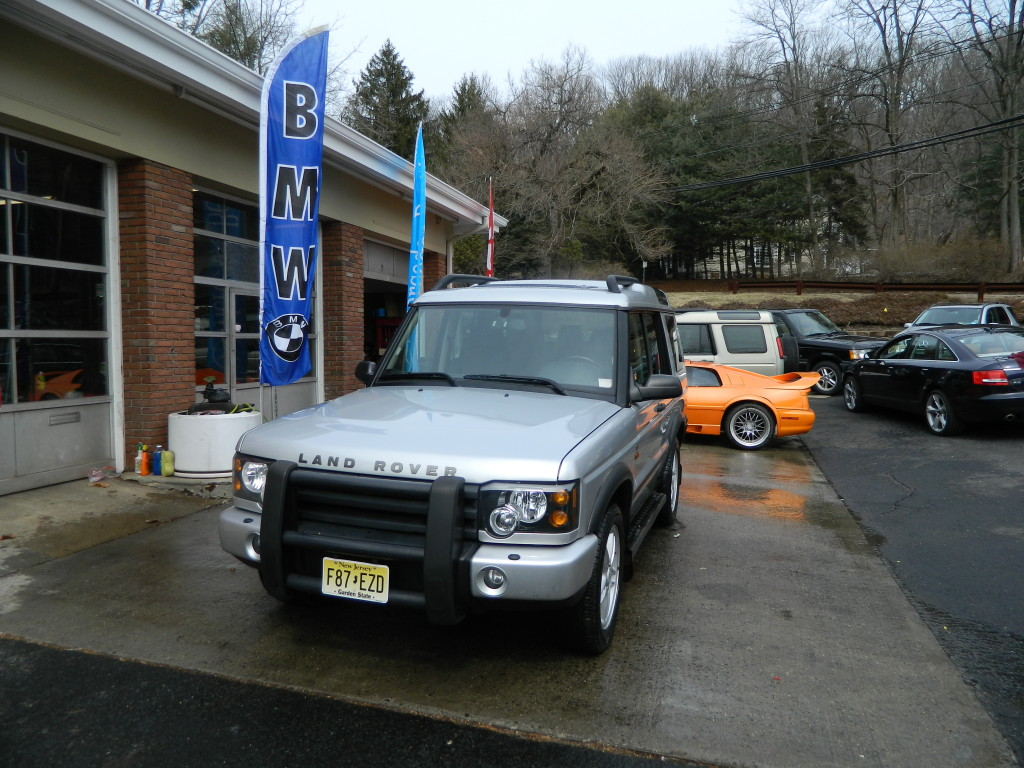 Silver 2004 Land Rover Discovery For Sale - Front