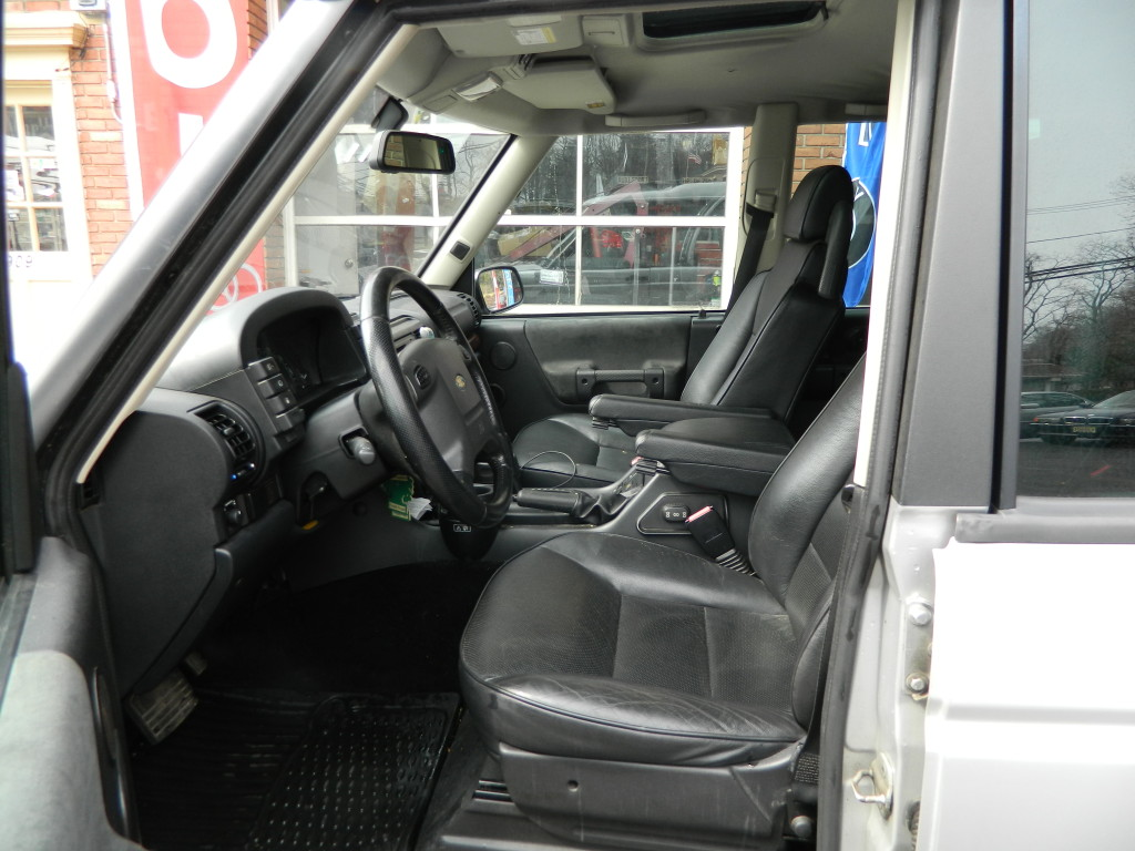 Silver 2004 Land Rover Discovery For Sale - Interior