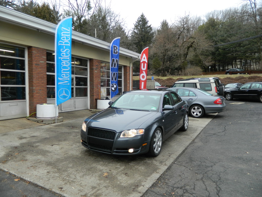 Gray 2006 Audi A4 2.0T Front